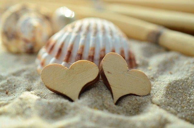 砂浜のハート